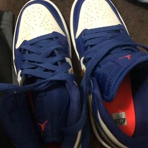 Nike Shoes - Airjordan 1